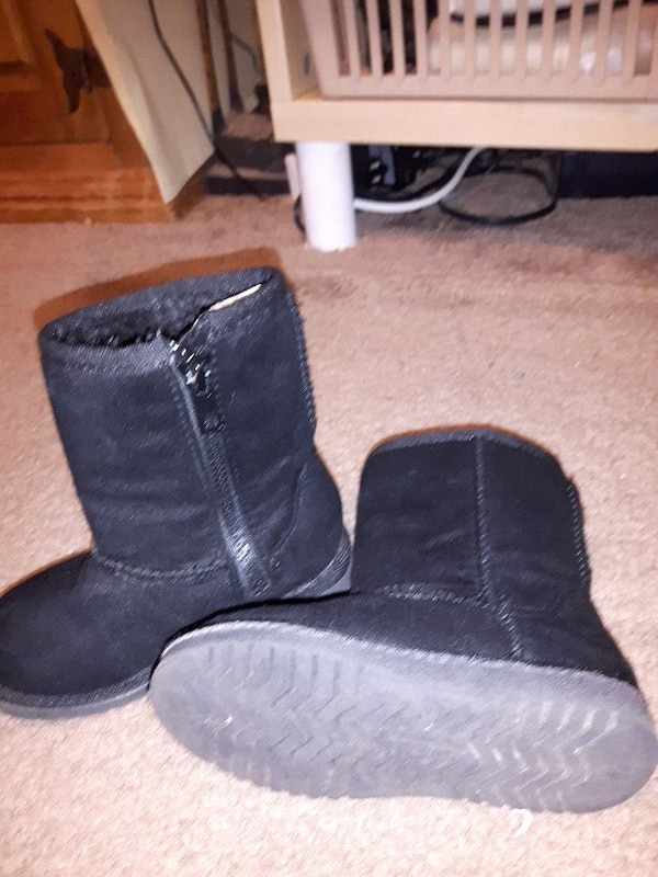 Size 7 girls boots