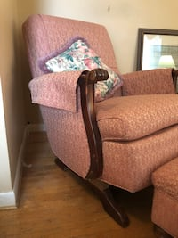 Vintage Pink Recliner with ottoman Riverdale, 20737