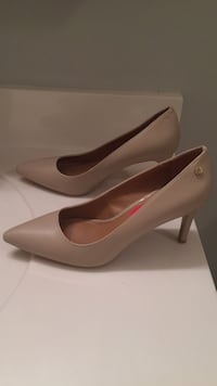 Pair of women's taupe leather pointed-toe pumps Midlothian