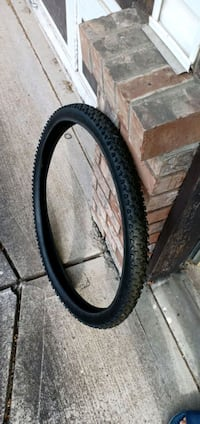 29 inch bike tire Surrey, V3R 0E5