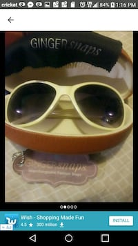 Ginger Snap Sunglasses with Case and Snaps