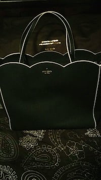 Kate Spade Leather Tote - Brand New w/dust bag.. Vancouver, V5V 4X8