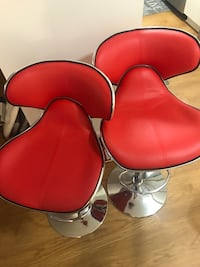 2 synthetic leather chairs Stafford, 22554