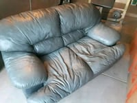 Great Condition Grey Leather Love Seat Bakersfield, 93311