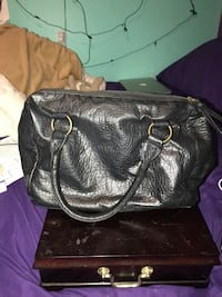 black leather 2-way bag Oshawa, L1H 6H5