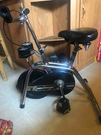 Exercise bike compact size  Hawthorn Woods, 60047