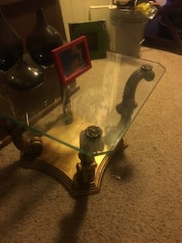 Vintage glass- table Des Moines, 50310