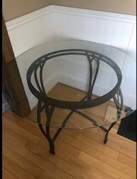 BEAUTIFUL GLASS DINING TABLE -GREAT COND - FREE DELIVERY TODAY ONLY Markham, L3R 9W3