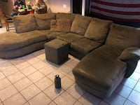 Sectional couch Medford, 11763