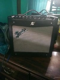 black and gray Fender guitar amplifier 3120 km
