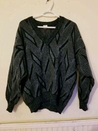 Blue patterned v-neck jumper Greater London, N1 6BY