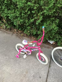 toddler's white and pink bicycle with training wheels Dearborn, 48126