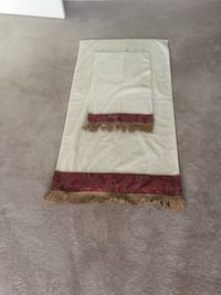 white and red area rug Wilmore, 40356