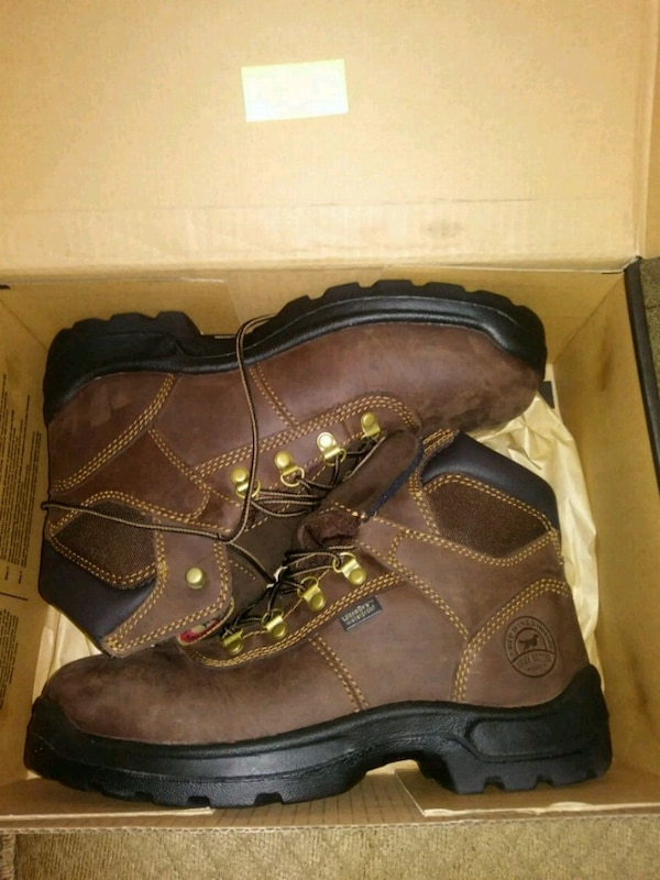 8e3f4b5ac74 Brand New Red Wing Boots