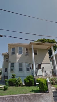 APT For rent 3BR 1BA Central Falls