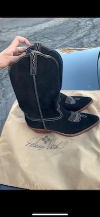 PatriciaNash boots Victorville, 92395