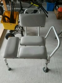 SHOWER CHAIR / ADJUSTABLE LEGS North Fort Myers, 33917