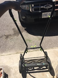 Lawnmower Pickering, L1X 2N9