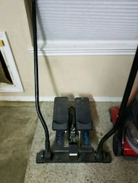 black and gray upright vacuum cleaner Sanger, 76266