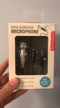 Phone karaoke toy (unopened)