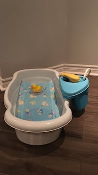 Baby's white and blue bather Laval, H7K