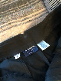 Black size 12 petite cotton pants asking $8 see pictures  Burnaby, V5E 0A4
