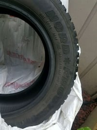185/65 R15 winter tires in good condition 200 obo New Westminster
