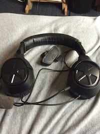 XOfour xbox one gaming headset works great Harpers Ferry, 25425