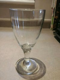 Set of 6 each : wine and martini glasses Toronto, M6P 1S3