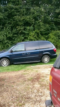 Chrysler - Town and Country - 2002 Crozet, 22932