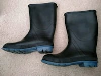 Rubber boots women's size 8 Burnaby, V5H 2Y7