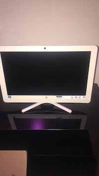 white HP flat screen computer monitor Sterling, 20164
