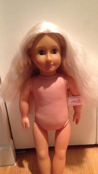White-haired american girl doll