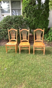 Set of 6 solid Maple chairs Haverhill, 01832