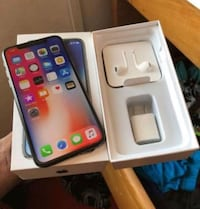 Space gray iphone x with 5w usb power adapter, earpods, and box 543 km