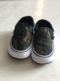 Vans infant shoes