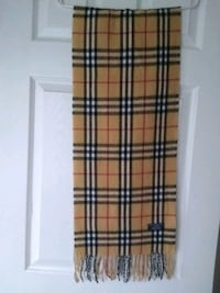 Burberry Vintage Nova Check Scarf Lambswool Made in England Whitchurch-Stouffville, L4A 0J5