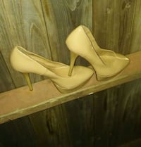 Womens Cream Colour Platform High Heels sz 10  Gorgeous Shoe !! Mississauga, L5L 2B5