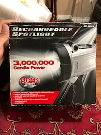 Rechargeable spotlight/flashlight Edmonton, T6K 3B9