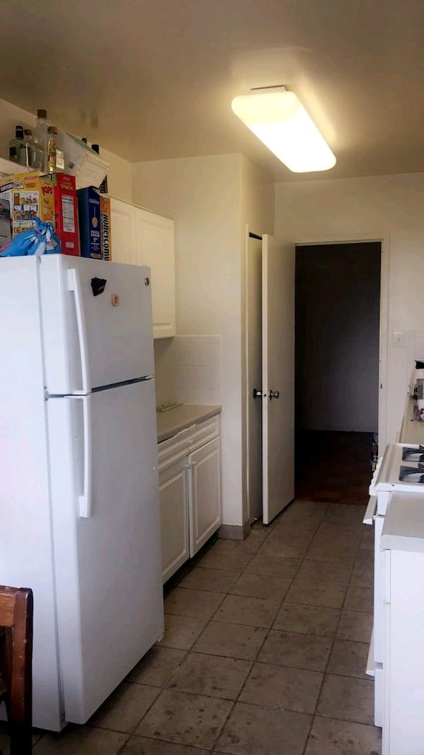 APT- For Rent 1BR 1