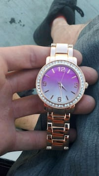 Womens watch 25 OBO Medicine Hat, T1B 1R5