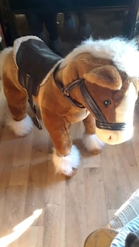 brown and white horse plush toy 1172 km
