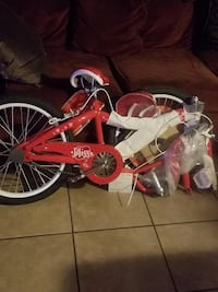 Red and white cruiser bike Los Angeles, 91405