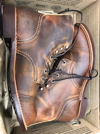 Red wings men's boots Toronto, M2J 1Y3