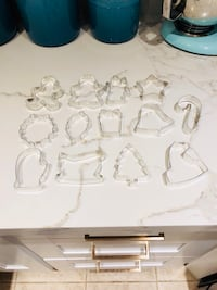 24 Cookie cutter christmas theme set of 18 + 6 Easter theme cookie cutter Toronto, M5H 2R1