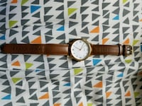 White and Gold Fossil Watch Ottawa, K1T 3Y6