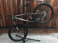 2018 Maui mountain bikes medium frame front and rear disc brakes brand new bike excellent condition San Jose, 95132
