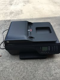 HP Officejet 4620. Practically brand new   Savannah, 31419