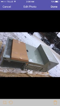 """Very powerful air-conditioner """"""""new"""""""" Calgary, T2X 1E5"""