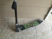 black and green kick scooter Laredo, 78046